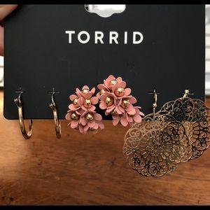 Torrid BLUSH PINK FLORAL EARRINGS SET OF 3 new